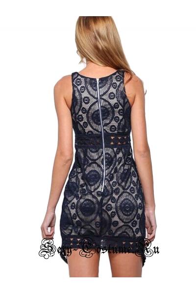 Платье белое клубное с черным узором m2353
