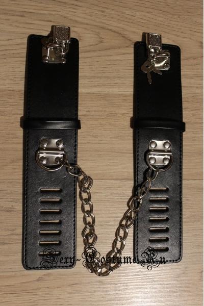 Черные гладкие наручники с замочками nightks lu350-1